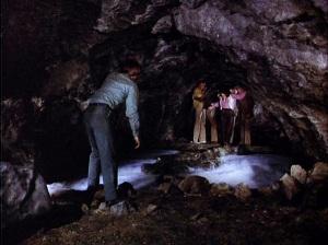 cavein02